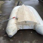 Poetsen rubberboot